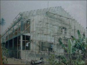 lavori costruzione scuola in Cameroon 2